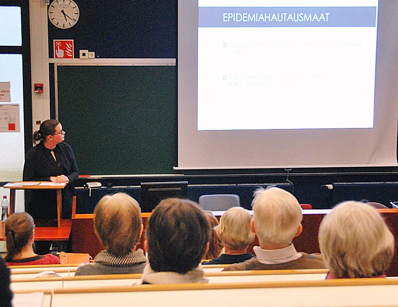 Poikkeukset ja tyypillisyydet ovat historiankirjoituksen klassinen teema. Luentosarjassa poikkeus-teemaa pohdittiin mm. 1800-luvun koleraepidemioiden kautta. Kuva: Liisa Lalu.