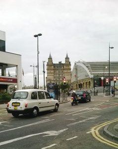 Näkymä Liverpoolin keskustasta. Vasemmalla rautatieasema. Kuva: Maija Lundgren.