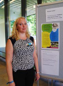 Roosa Vastamäki huolehti tapahtuman käytännön järjestelyistä. Kuva: Sara Suvitie.